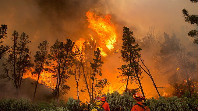 Cooler air, showers to aid in wildfire efforts across California this weekend
